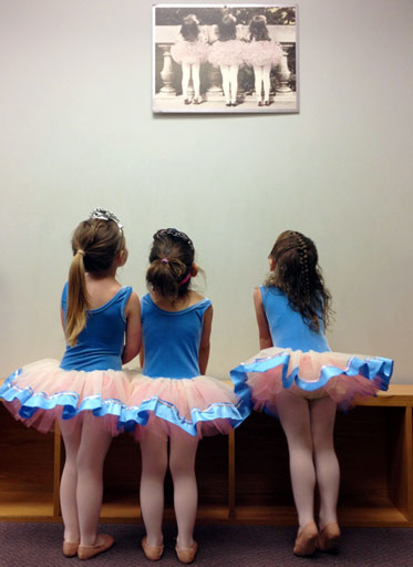 Marianns School of Dance - Dance and acrobatics classes in Bergen County, NJ